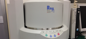 蛍光X線分析装置(島津製作所製:EDX-720)